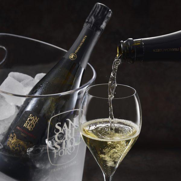 フランチャコルタ公式グラスで飲むと美味しくなるその秘密とは?